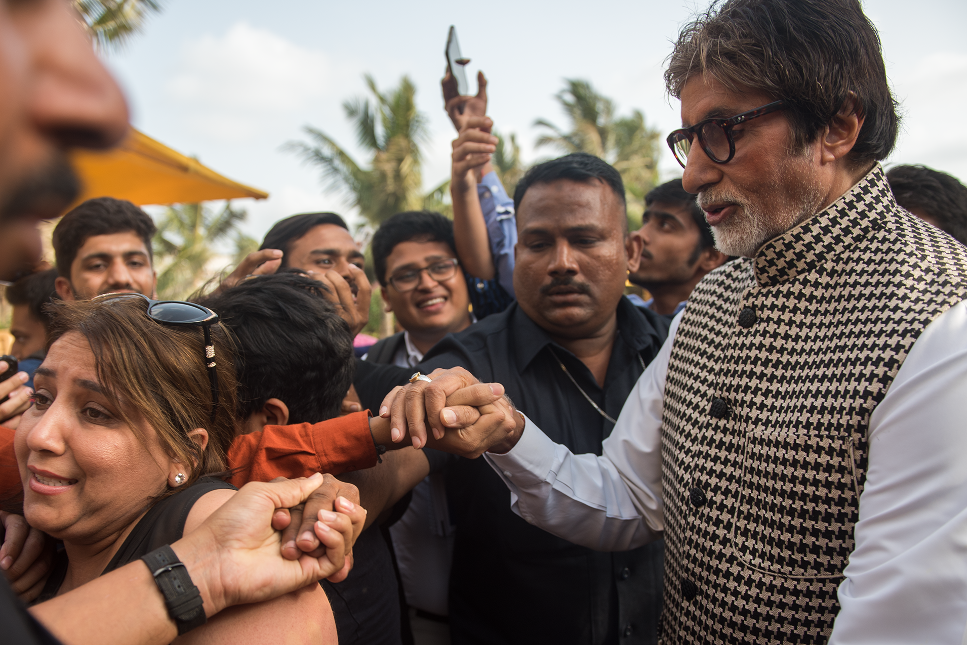 Bachchan meets his fans